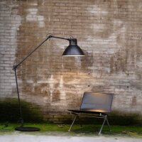 Stehlampe Beasly in Gunmetal, Höhe 205 cm