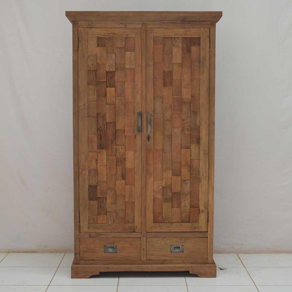 kleiderschrank aus massivholz online kaufen. Black Bedroom Furniture Sets. Home Design Ideas